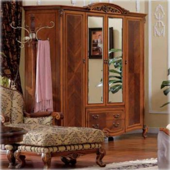 Шкаф 4 двери Carpenter 236